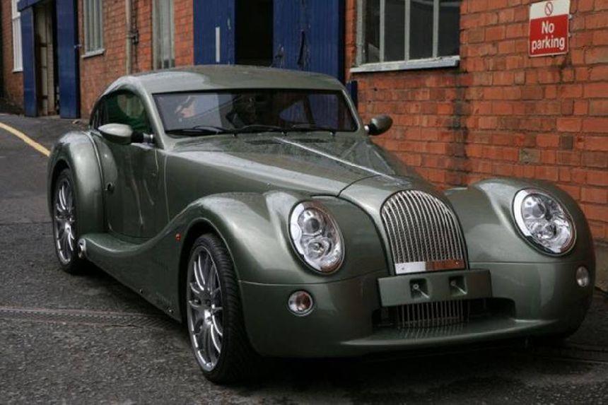Frederick Motor Company >> The Morgan Motor Company located in Britain makes each car ...